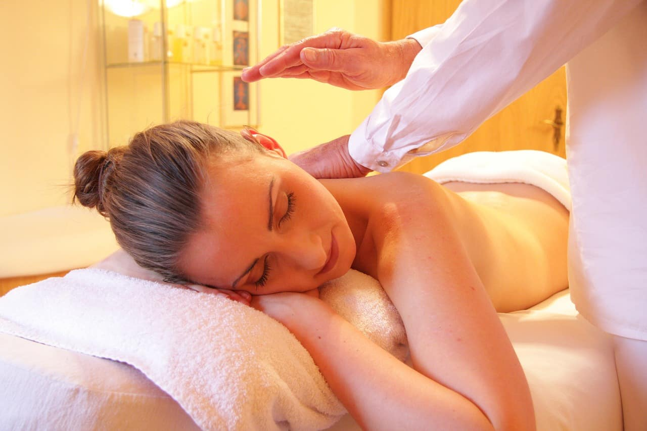 Massaggio corporeo: la scienza ne convalida l'efficacia
